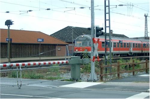 Gleisbauarbeiten an den Bahnübergängen