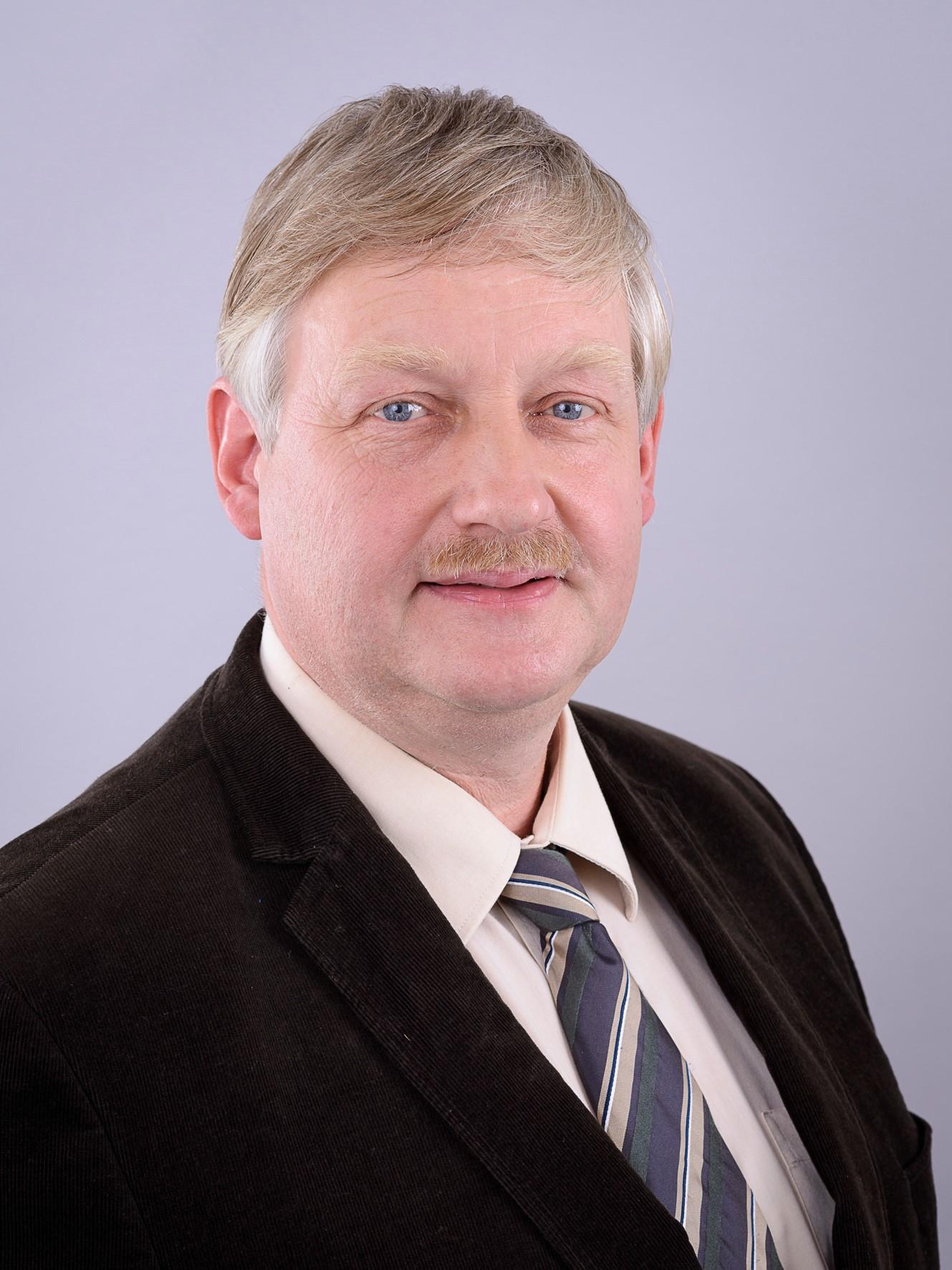 BürgermeisterGerhard Führs (CDU)