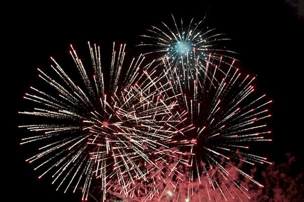 Wer knallt haftet! – Sicherheit beim Feuerwerk!