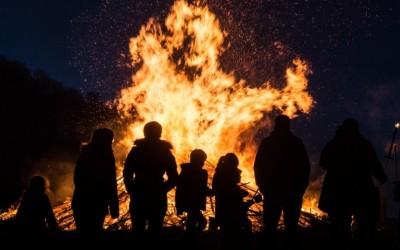 Keine Osterfeuer in diesem April – Der Landkreis Emsland sagt wegen Corona Osterfeuer ab