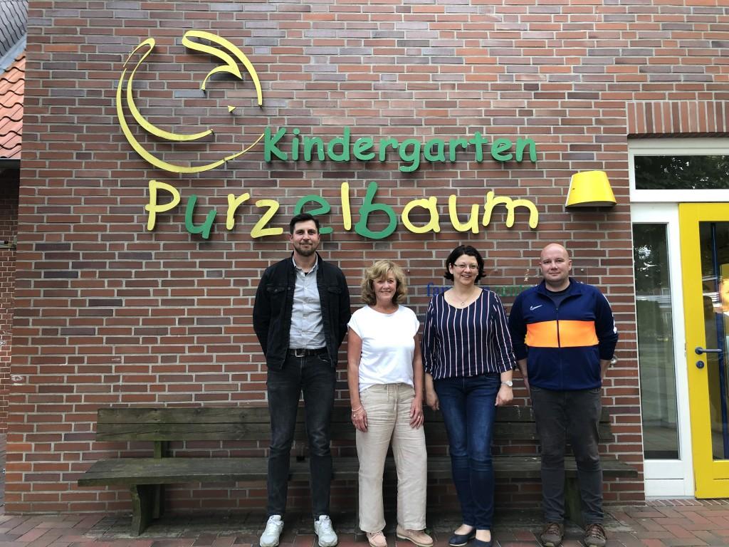 Das Bild zeigt die ehemaligen Vorstandsmitglieder Bernd Krallmann, Anita Trimpe (KiTa-Leitung), Renate Papen und Wolfgang Brake (v.l.n.r.). Auf dem Foto fehlt Markus Lübbers.
