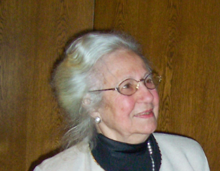 Wir trauern um unsere Ehrenbürgerin Erna de Vries